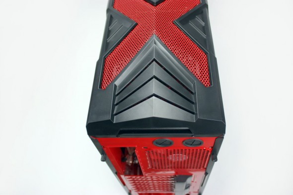 Aerocool_Strike_X_Xtreme_Devil_Red_15