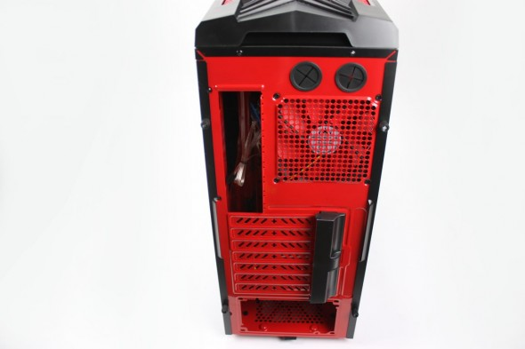 Aerocool_Strike_X_Xtreme_Devil_Red_18