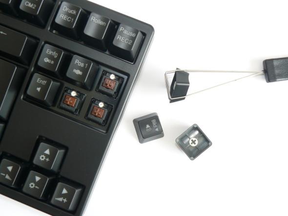Ducky DK9008 Shine 3 Slim Gaming Keyboard - MX-Brown - Blue-LED - Bild 03