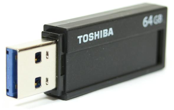 3DTester.de - Büro-USB-Sticks - Toshiba TransMemory Black - offen