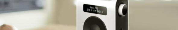 Philips: Digitales Radio in Holzoptik und mit Drehknöpfen