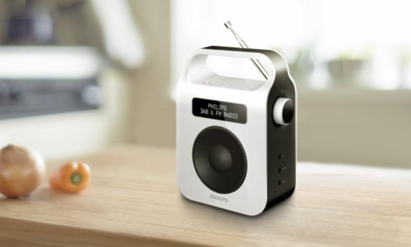 3DTester.de - Philips Digitalradio AE5600W DAB UKW